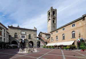 Piazza Vecchia - visitare Bergamo