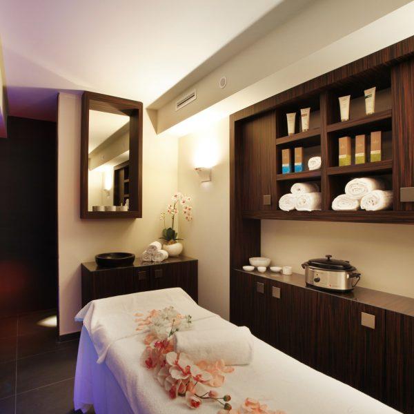 cabina-trattamenti-hotel-parigi-2-spa-la-cascade-dalmine-bergamo