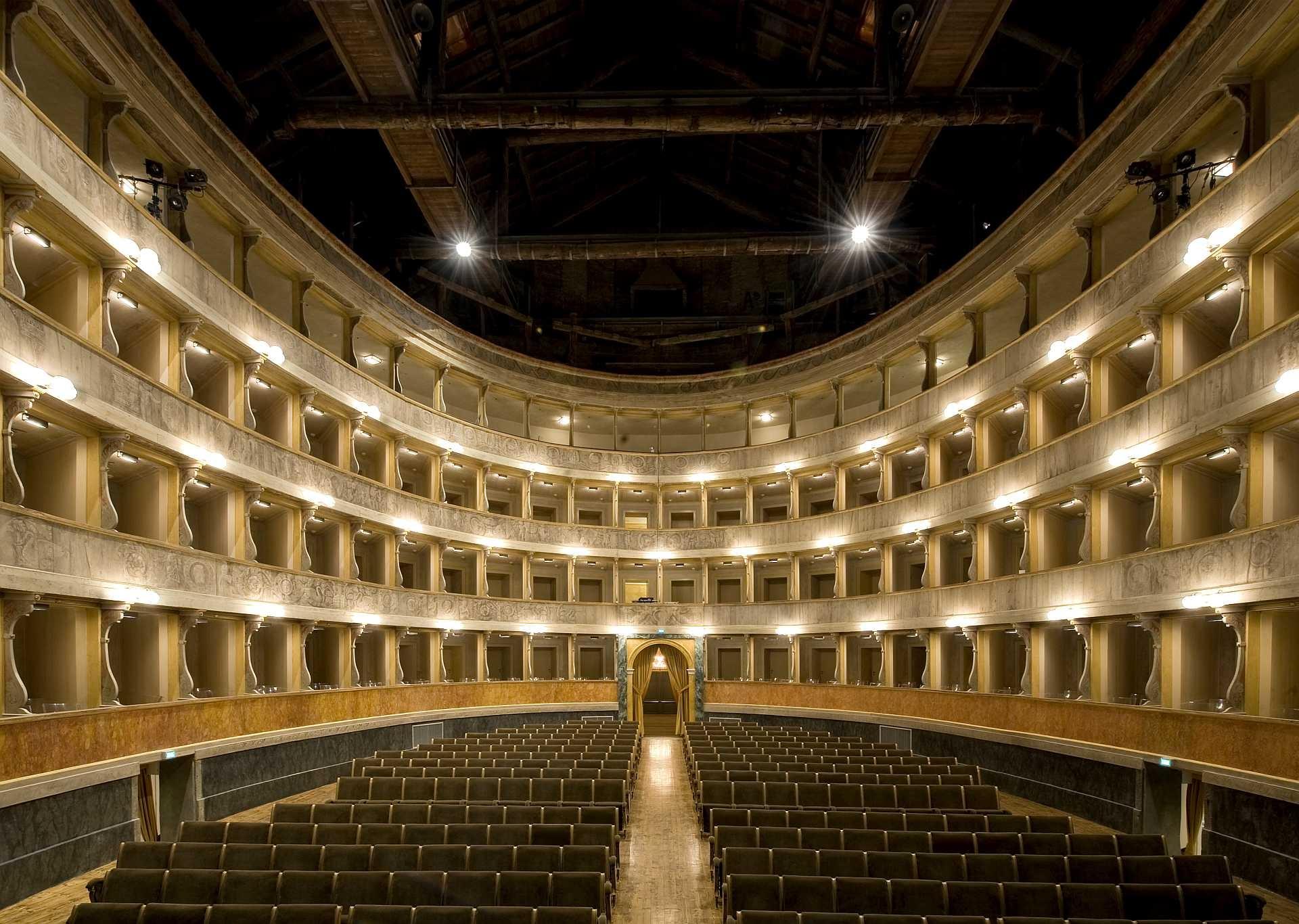Teatro Sociale Bergamo - immagine da VisitBergamo