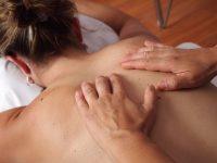 massaggio decontratturante trattamenti la cascade