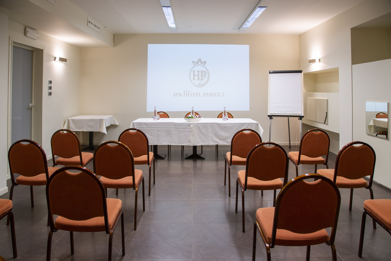 Sala meeting spa hotel parigi 2